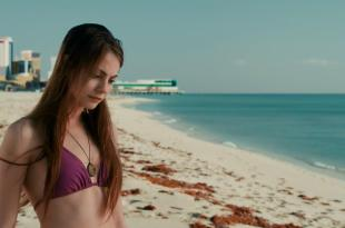 Willa Holland hot and gorgeous beauty – Tiger Eyes (2012) hd720p