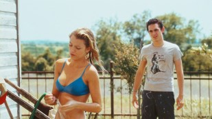 Blake Lively hot and sexy in bikini - Elvis and Anabelle (2007) HD 1080p Web