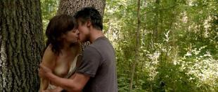 Lauren Ashley Carter nude topless and sex outdoor - Jug Face (2013) hd1080p/720p