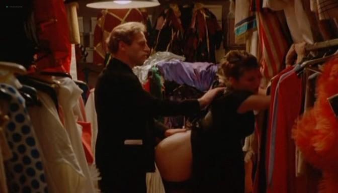 Serena Grandi nude topless bush full frontal oral and near explicit - Desiderando Giulia (1986) (19)