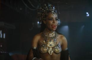 Aaliyah hot and sexy - Queen of the Damned (2002) hd1080p