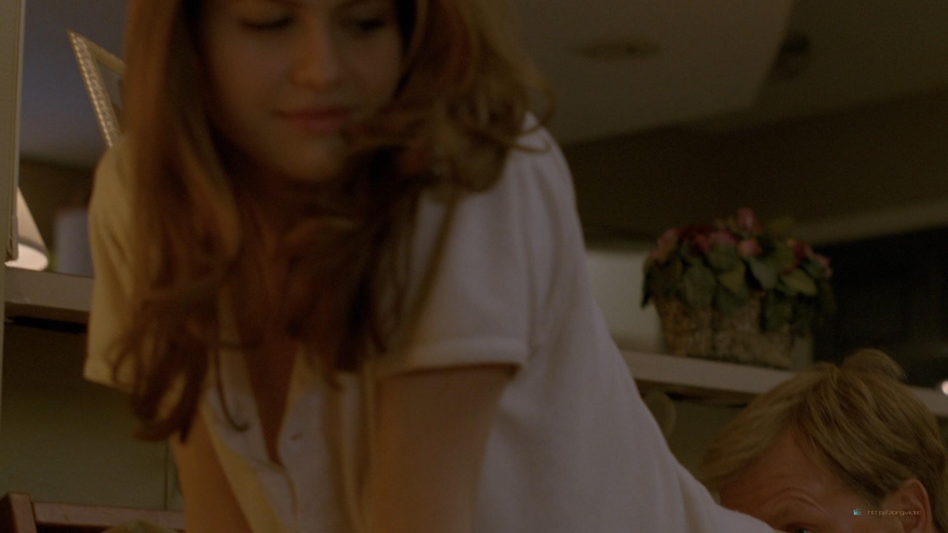 Alexandra Daddario nude topless (2)
