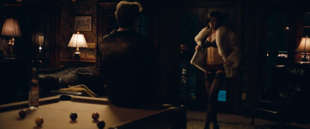 Emily Blunt hot in lingerie and brief nude butt - Arthur Newman (2013) hd1080p