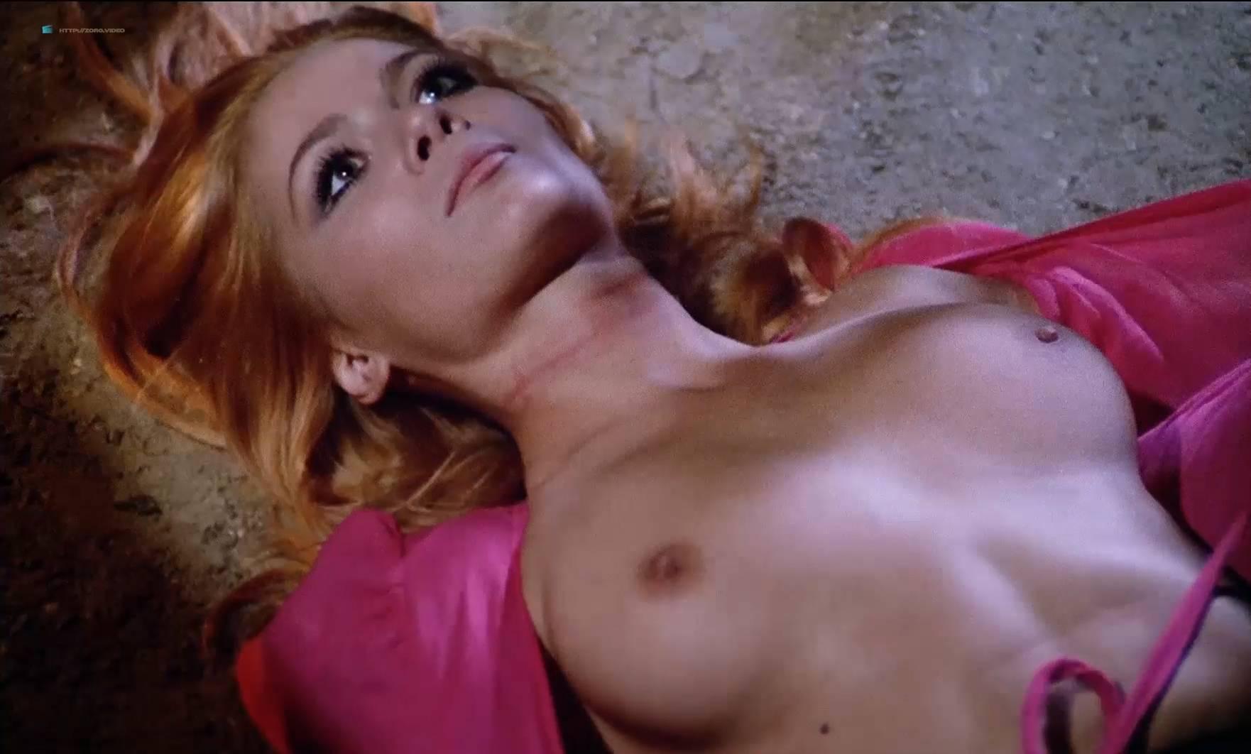 Rosaria della Femmina  nackt