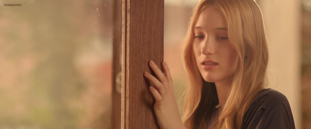 Sophie Lowe nude brief side boob - After the Dark (2013) hd1080p (4)