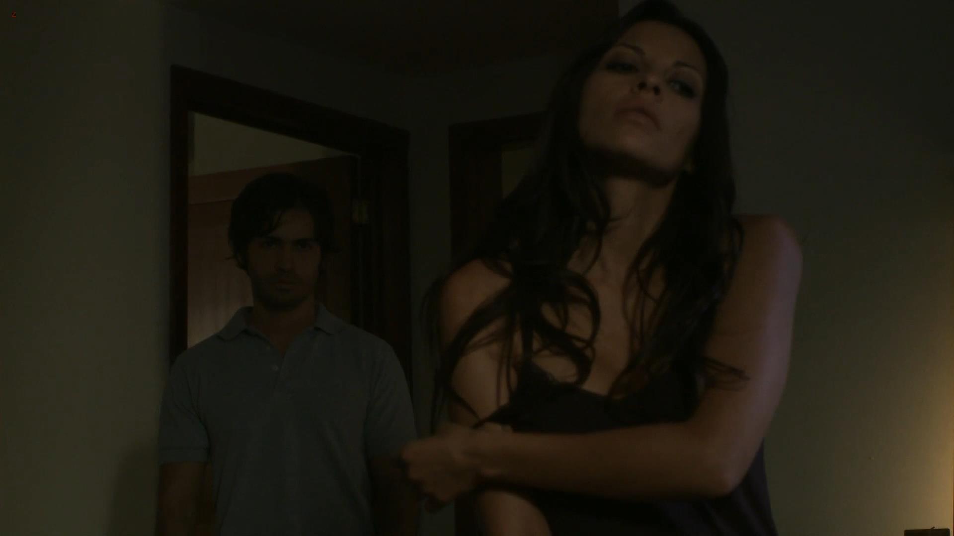 Elizabeth cervantes nude boobs bush oscura seduccion movie naked (79 image)