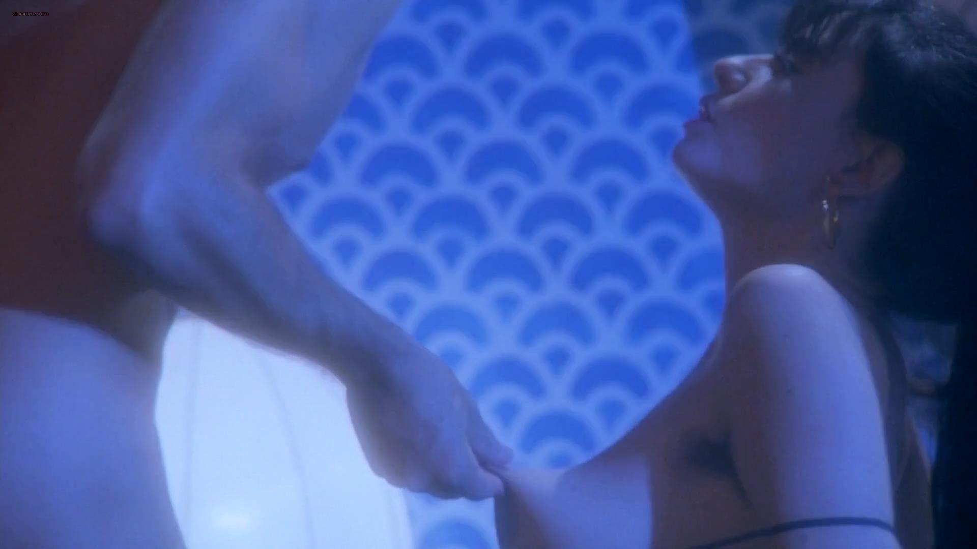 Francesca Nunzi nude topless and bush in Tinto Brass - Frivolous Lola (1998) hd1080p