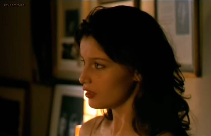 Laetitia Casta nude rough sex and Cristina Pena nude sex and bush in - Gitano (ES-2000) (17)