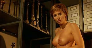 Elsa Pataky nude topless adn but in the shower and Mar Regueras nude topless in Spanish movie - Ninette (2005)