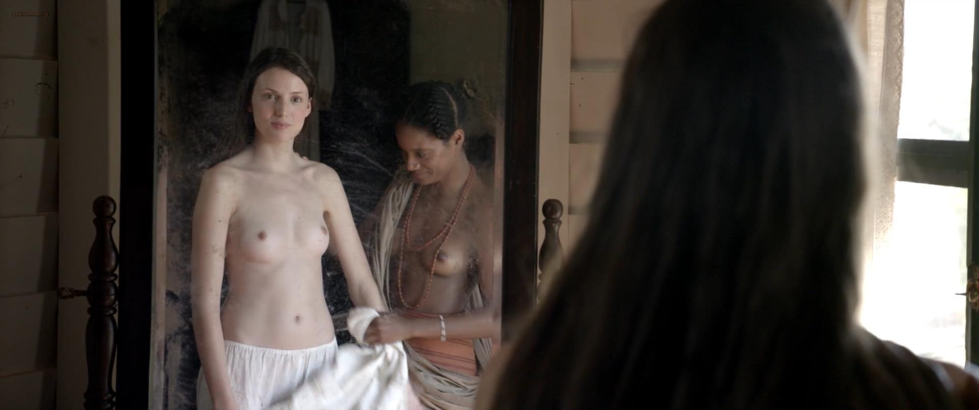 Buck naked women pics