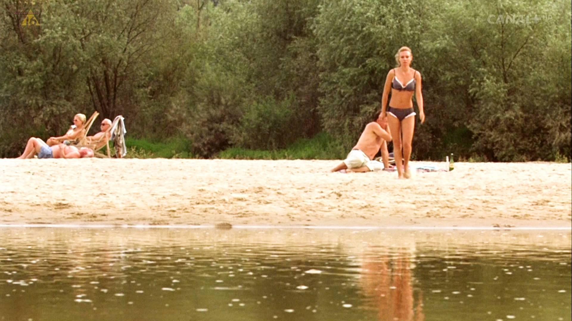 Magdalena Boczarska nude topless butt and sex in - Rozyczka (PL-2010) HDTV 1080p (9)