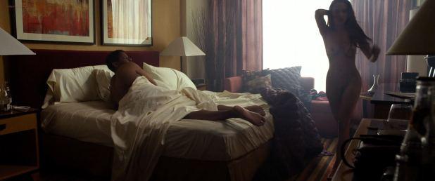 Nadine Velazquez nude full frontal - Flight (2012) HD 1080p (14)