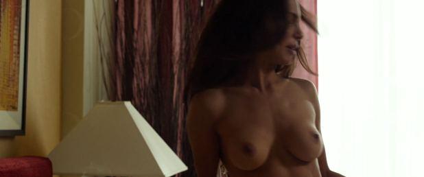Nadine Velazquez nude full frontal - Flight (2012) HD 1080p (2)