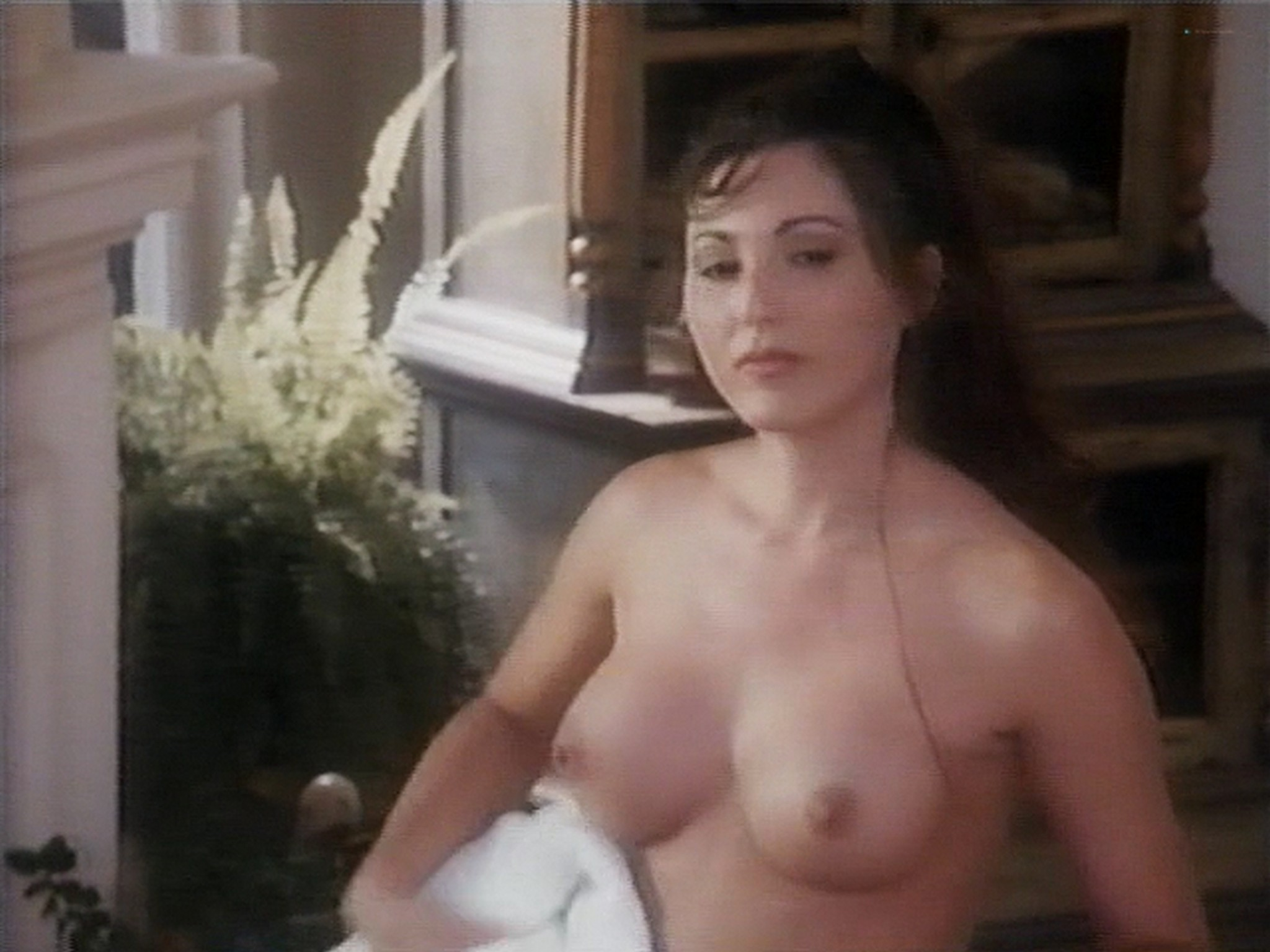 Shannon Whirry nude Elizabeth Sandifer and Shannon McLeod all nude and sex in - Animal Instincts II (1994) (19)
