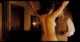 Monica Bellucci nude and sex - Napoléon et moi (2006) (8)