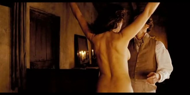 Monica Bellucci nude and sex - Napoléon et moi (2006) (8)