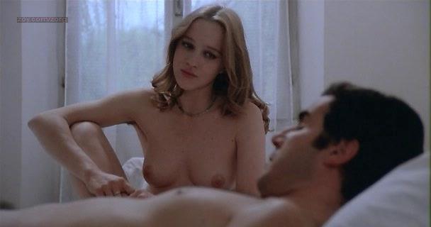 Carole Chauvet nude oral sex Eleonora Giorgi nude - Una spirale di nebbia (1977) (11)