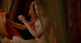 Emmanuelle Béart nude topless Ornella Muti hot wet - The Voyage of Captain Fracassa (1991) (16)