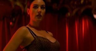 Monica Bellucci hot and sexy - Franck Spadone (2000) (8)