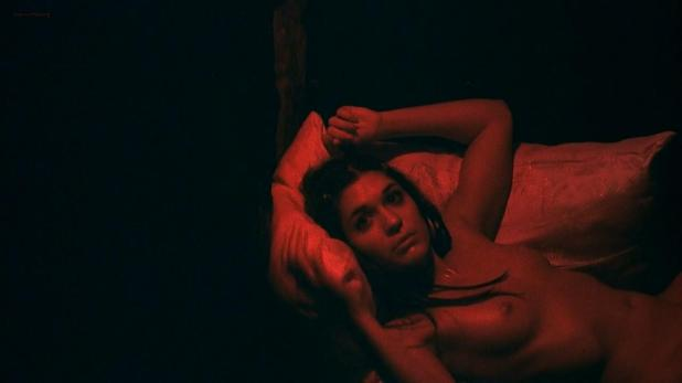 Flora Diaz nude topless - Roger Dodger (2002) hd720p (2)