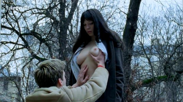 Lea Seydoux nude topless - La Belle Persone (FR-2008) hdtv 1080p (3)