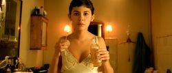 Audrey Tautou hot in lingerie Isis Peyrade nude - Amélie (FR-2001) HD 1080p (11)