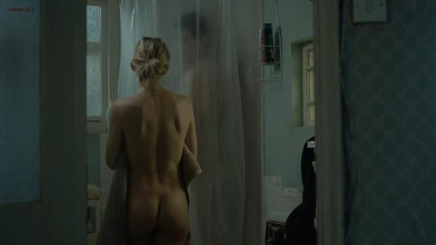 Kate Hudson nude butt naked in the shower- Good People (2014) hd720p (1)