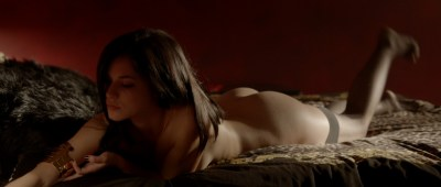 Alexis Knapp nude butt naked and very hot and few others full nude - The Anomaly (2014) hd1080p (8)
