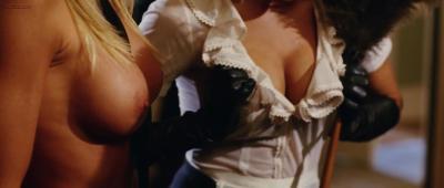 Amanda Swisten and Nikki Schieler Ziering nude topless and hot - American Wedding (2003) hd1080p (6)