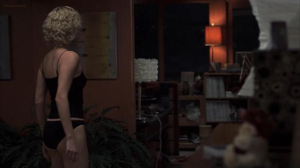 Charlize Theron hot in panties and Courtney Love wet in bath - Trapped (2002) hd1080p (5)