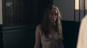 Charlotte Spencer nude topless and sex - Glue (2014) s1e5 hd720p (4)