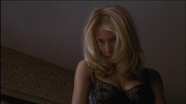 Rosanna Arquette hot sex and sexy in bra - The Whole Nine Yards (2000) hdtv1080p
