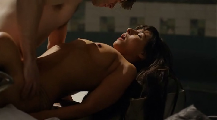 Sadie Katz nude sex Roxanne Pallett nude and hot and others all nude - Wrong Turn 6: Last Resort (2014) (13)