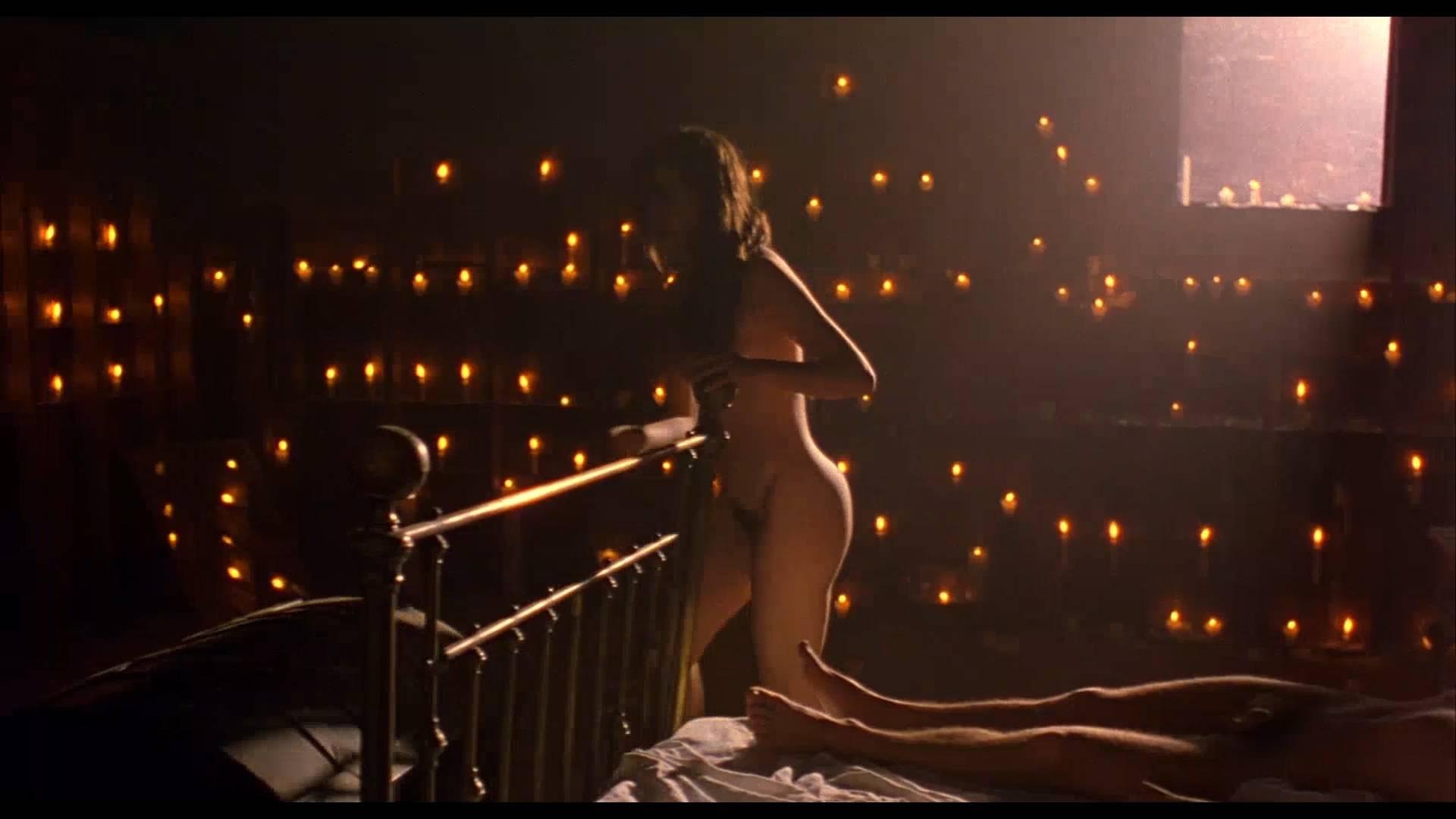 Lumi Cavazos nude full frontal Claudette Maille nude bush and Regina Torné nude topless - Como agua para chocolate (1992) 1080p (2)