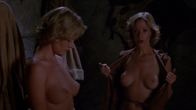 Lynette and Leigh Harris nude twins hot and wet - Sorceress (1982) hd1080p (9)