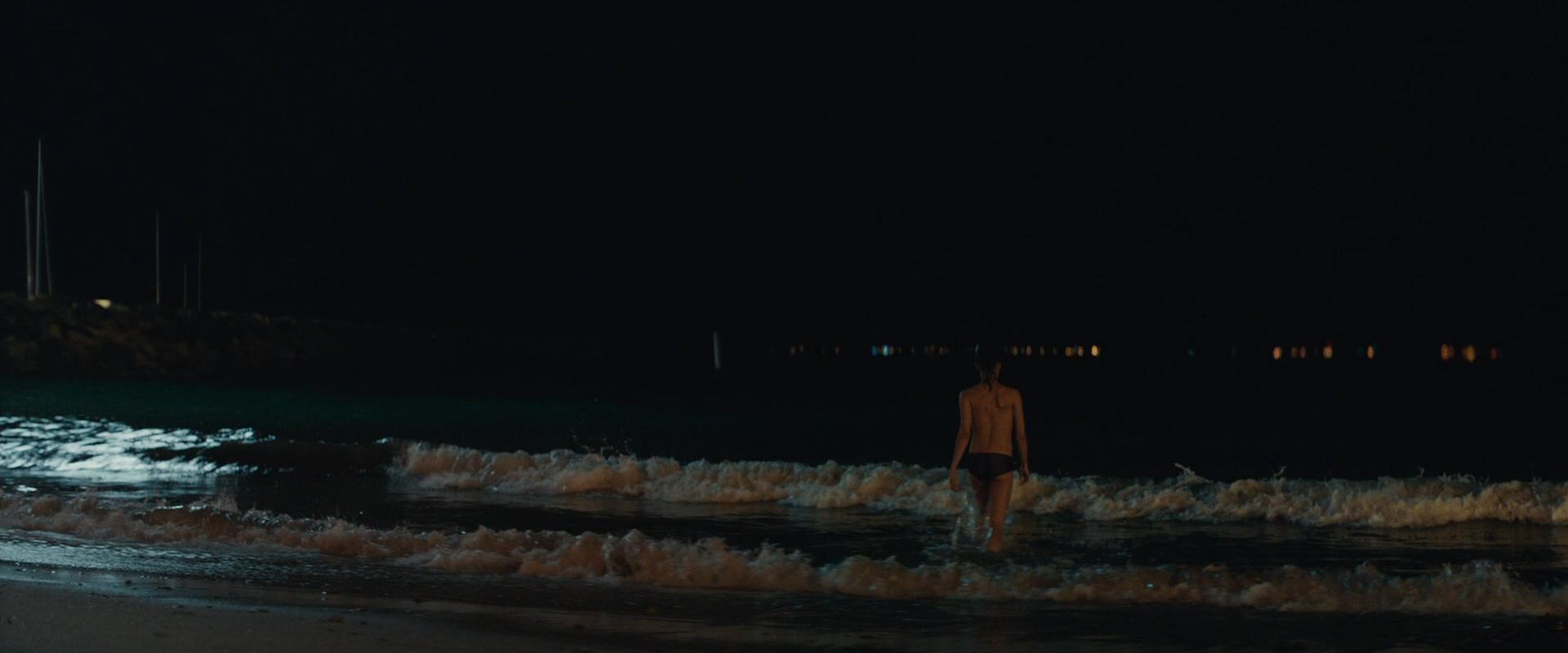 Alicia Vikander nude nipple slip and skinny dipping - Son of a Gun (2014) hd720/1080p