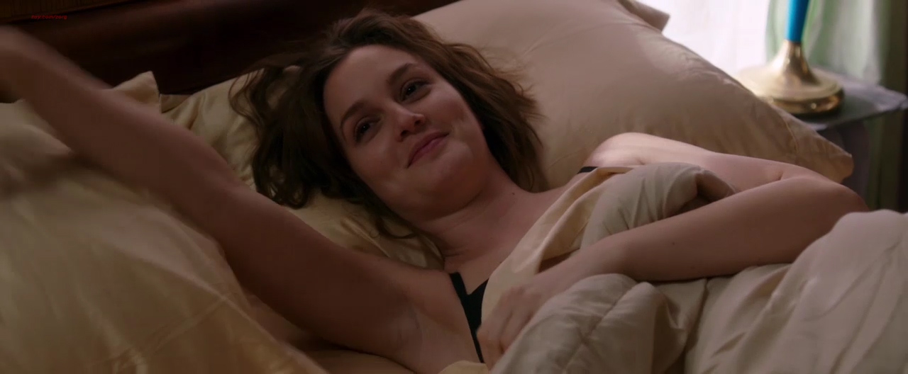 Leighton Meester hot sex and Julie Ann Dawson nude topless - By the Gun (2014) hd1080p (15)