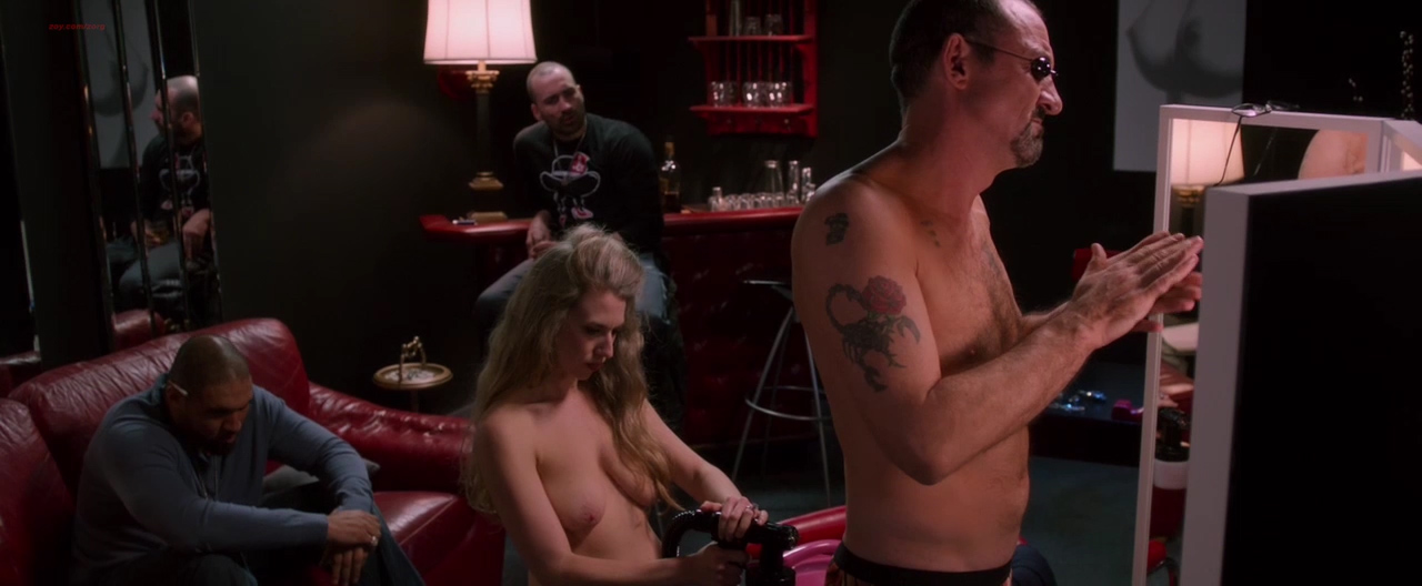 Leighton Meester hot sex and Julie Ann Dawson nude topless - By the Gun (2014) hd1080p (14)