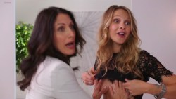 Lisa Edelstein hot in lingerie and sex Beau Garrett and Julianna Guill hot - Girlfriends Guide to Divorce (2014) s1e1-2-3 hd1080p (9)