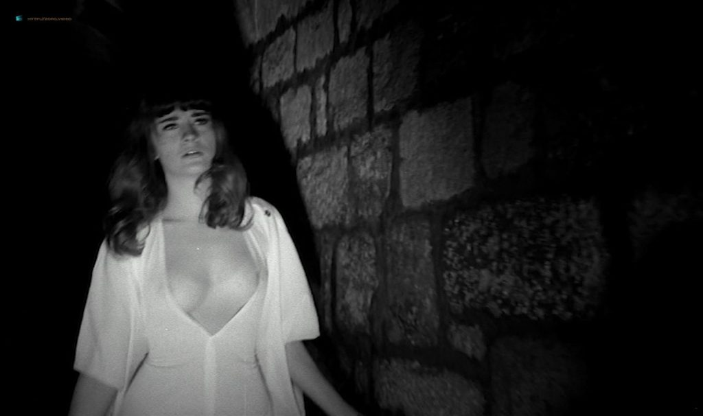 Solange Pradel nude topless skinny dipping and others nude - Le viol du vampire (FR-1968) HD 720p BluRay (16)