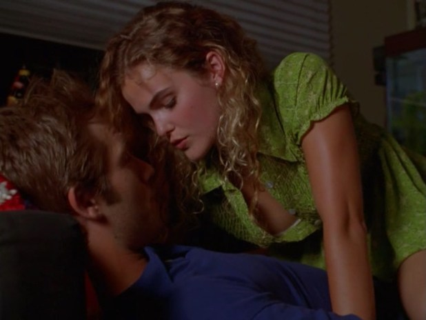 Keri Russell hot sexy and naughty - Dead Man's Curve (1998) (2)