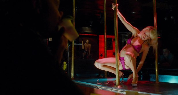 Naomi Watts hot and sexy stripper in- St Vincent (2014) hd1080p (3)