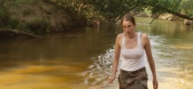 Adèle Haenel nude topless pokies wet and sex outdoor - Les Combattants (FR-2014) HD 1080p BluRay (24)
