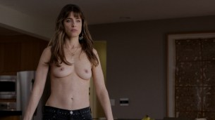 Amanda Peet nude topless - Togetherness (2015) s1e6 hd720p (3)