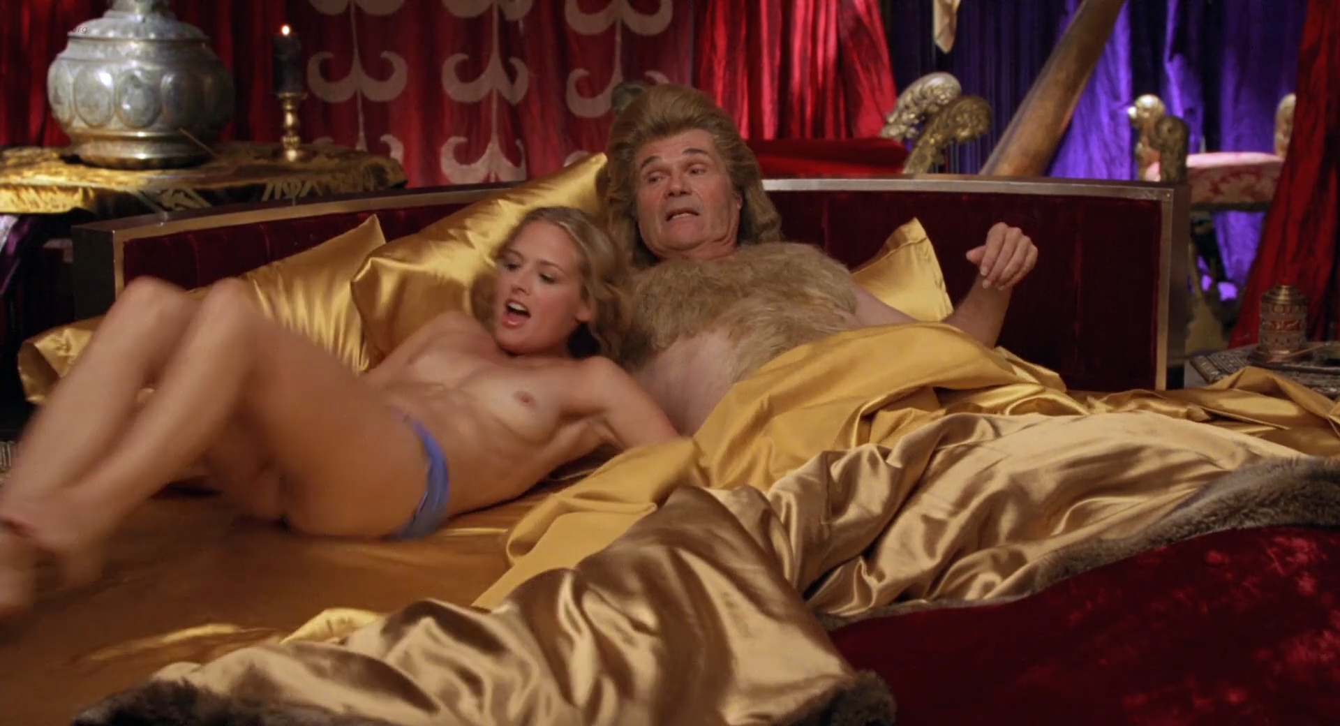 Carmen Electra hot Audra Lynn nude and Heather Storm nude too - Epic Movie (2007) hd1080p (12)