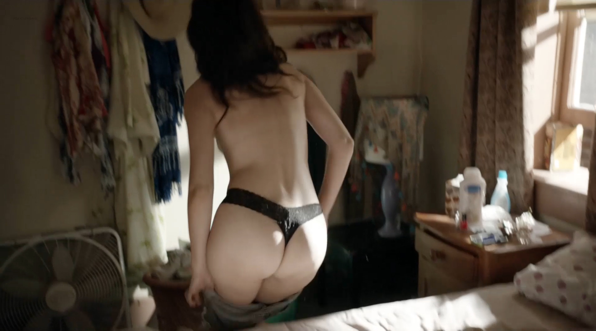 image Emmy rossum juicy sex scene in shameless scandalplanetcom