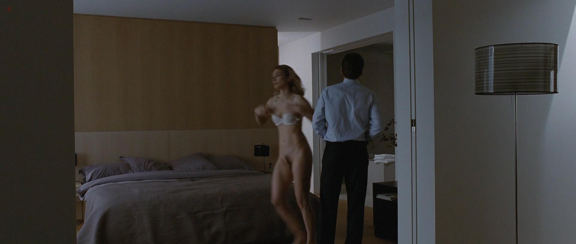 Julie Gayet nude full frontal and sex - Sans Laisser De Traces (FR-2010) hd1080p (9)