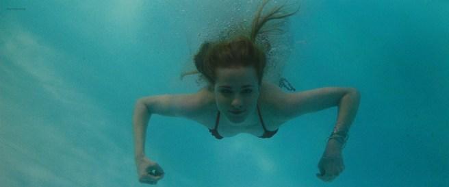 Evan Rachel Wood hot and wet in bikini and Eva Amurri hot - The Life Before Her Eyes (2008) hd1080p (7)