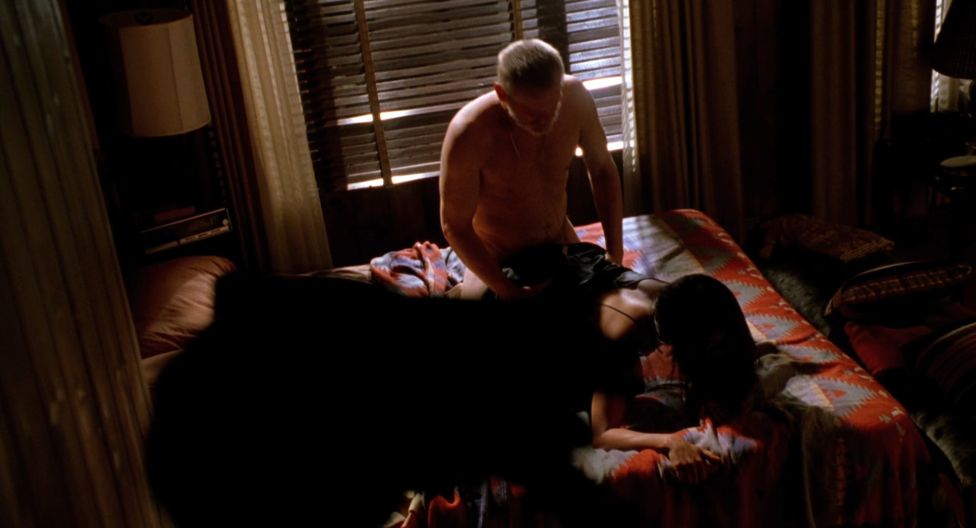 Jennifer lopez u turn sex scene