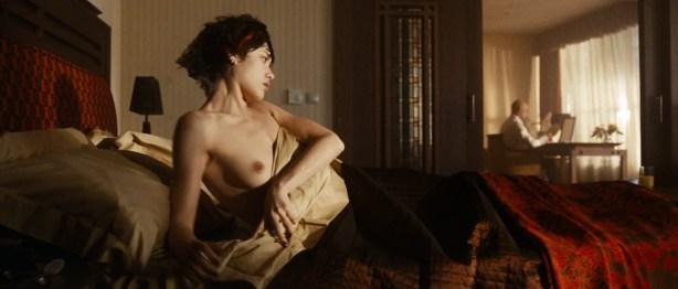 Olga Kurylenko nude full frontal and very hot - Hitman (2007) hd1080p (8)